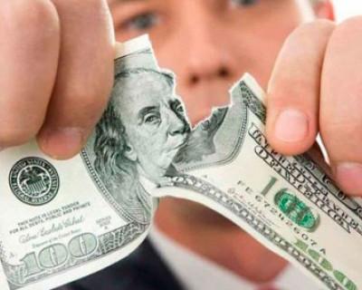 Владимир Путин объяснил, почему Россия будет избавляться от доллара
