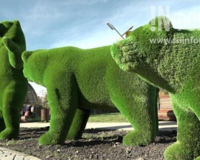 Новый сквер в Севастополе «Четыре медведя»