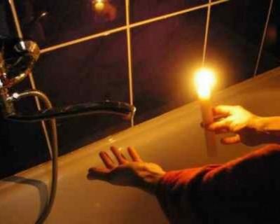 Завтра в Севастополе не будет света и воды (АДРЕСА)