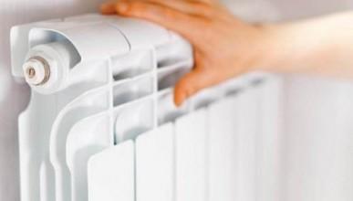 Чиновники Севастополя лично проверяют тепло в домах