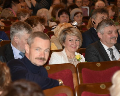 Депутаты Севастополя Горелов, Аксёнов и Щербакова спрятались от СМИ за закрытыми дверями