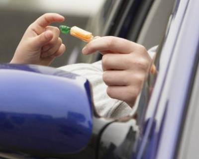 В Крыму злоумышленники заманивают детей в автомобили
