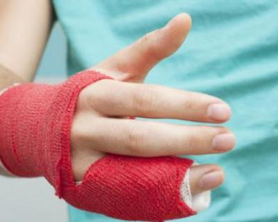 Учительница сломала палец пятикласснику за то, что он не сразу достал тетрадь