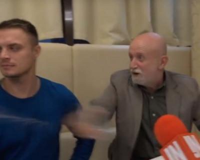 Жириновский тихо плачет в сторонке: севастопольские музыканты на пресс-конференции превзошли его ожидания (ВИДЕО)