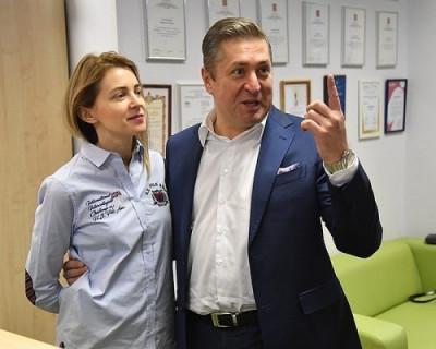 Депутат Госдумы Наталья Поклонская и её супруг рассказали о покушениях на неё и навязчивых поклонниках