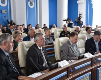 В Заксобрании Севастополя снова напортачили с документами и привычно обвинили во всем правительство