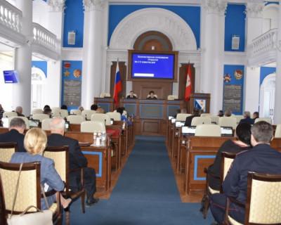 Депутаты Заксобрания наконец-то приняли закон о социальных выплатах пенсионерам на 2019 год