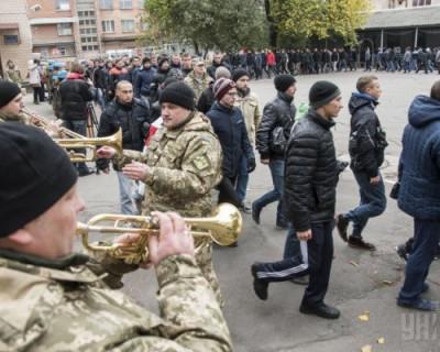 Украинцы восстали против военного положения - военкоматы отлавливают людей прямо на улицах