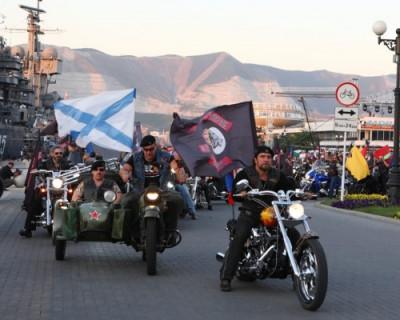 Хирург: «Под Андреевским флагом скрывается моё государство»