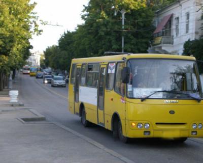 «Злой автобус»: в Севастополе водитель обматерил ребёнка и не выпускал из транспорта