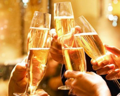 Эксперты рассказали, как крымчанам выбрать шампанское к Новому году