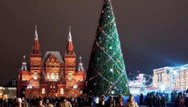 Главную ёлку России спилят во время массовых гуляний