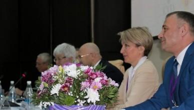 В Севастополе обсудили актуальные проблемы онкологии (ФОТО)