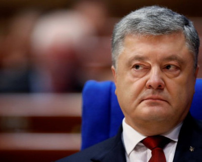 Порошенко заявил, что до 1997 года писал и разговаривал только на русском языке