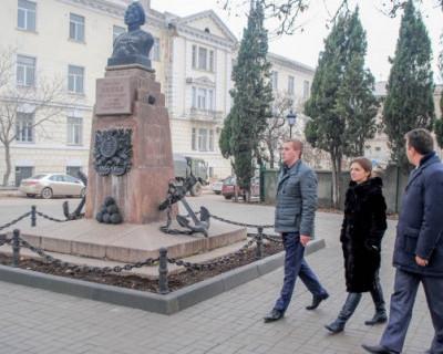 В Севастополе завершена реконструкция сквера в районе памятника матросу Кошке (ФОТО)