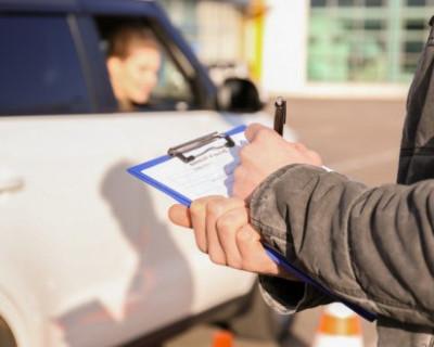 В России водители будут сдавать экзамен на права раз в 10 лет