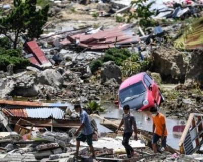 Страшные последствия цунами в Индонезии. Цунами произошло в ночь с субботы на воскресенье