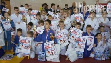 В Крыму состоялся турнир по дзюдо «Веселый снеговичок» (ФОТО)