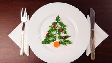 Пенсионный фонд выпустил памятку: «Как накрыть новогодний стол, не влезая в кредиты»