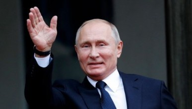Путин с Шойгу сыграл в хоккей (ВИДЕО)