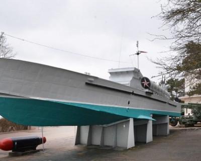Завершен ремонт торпедного катера на Сапун-горе (ФОТО)