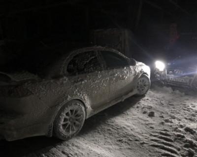 В заложниках на Ай-Петри: что случилось с теми, кто отправился поваляться в снегу? (ВИДЕО)