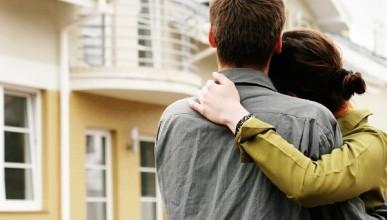 Сколько семей стоят в очереди на жильё в Севастополе?