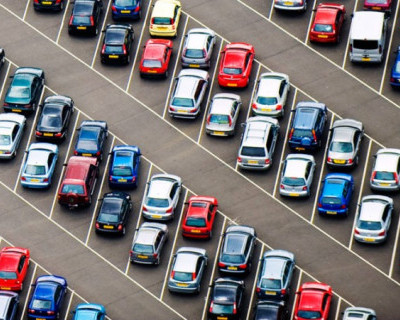 Бесплатных парковок в центре Севастополя нет и не ждите?