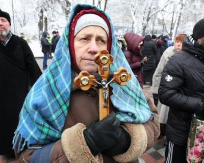 Украинские депутаты разрешили отнимать храмы Московского патриархата