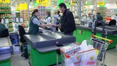 В России торговые сети стали массово обвешивать покупателей (ВИДЕО)