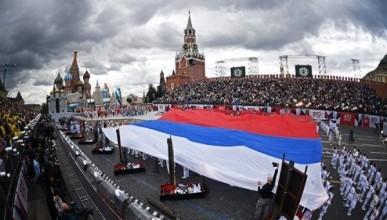 Революционная отставка или эволюционные изменения в России?