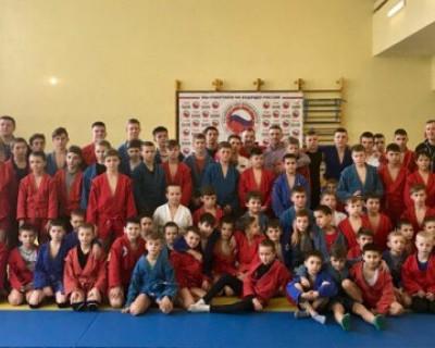 Спортсмены Севастополя с нетерпением ждали титулованного самбиста