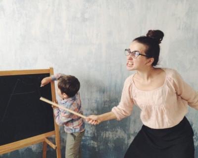 Учительница расцарапала второкласснику лицо из-за котлеты