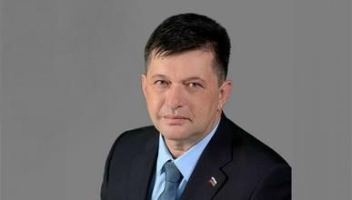 Общественник Севастополя считает, что новый лидер единороссов не должен мирить Овсянникова с Чалым