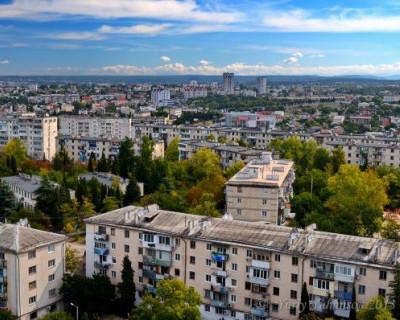 Севастополь вошел в 15 регионов по выполнению программы капремонта
