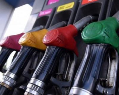 В России подешевели бензин и дизель