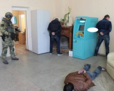 Пострадавшие от действий коррупционеров в Севастополе могут обратиться к следователям