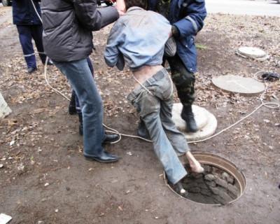 На Украине «кандидат» в президенты упал в канализационный колодец и умер