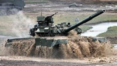 В России прошли испытания новейшего танка (ВИДЕО)