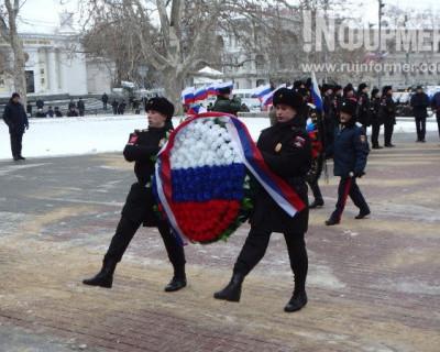Севастополь торжественно отметил День защитника Отечества и юбилей Русской весны (ВИДЕО)