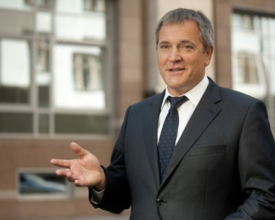 Вадим Колесниченко:«Желаю всем настойчивости в умении доказать, что мы достойны подвига и славы города-героя!»
