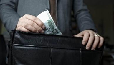 Коррупционные дела в России - это результат борьбы за передел сфер влияния