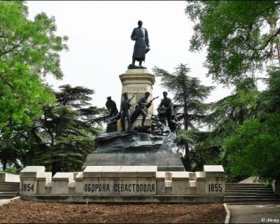 Кто восстанавливает главные исторические памятники Севастополя?