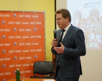 Губернатор Севастополя рассказал студентам о начале своей карьеры