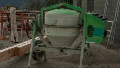 Симферополец украл со стройплощадки бетономешалку
