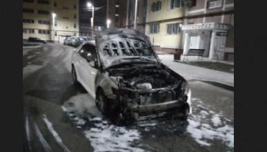 Ночью в Севастополе горели автомобили (ФОТО)