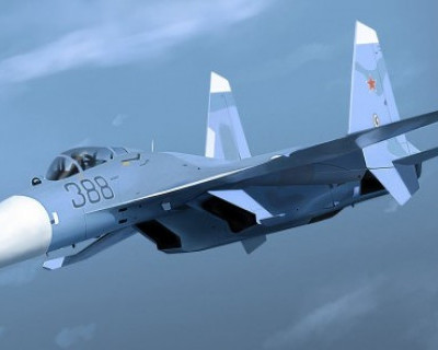 Российский Су-27 перехватил самолёт ВВС США у границ России (ВИДЕО)