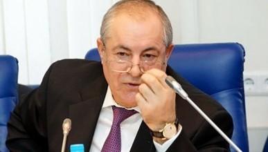 Депутат-миллионер от «Единой России» заявил, что пенсии по 8 тысяч рублей получают «алкаши» и тунеядцы