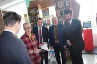 Москва «заставит» севастопольцев читать