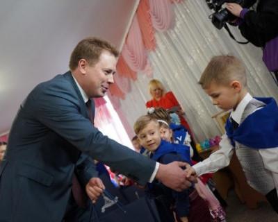 Губернатор Севастополя встретился с детьми «Русской весны»
